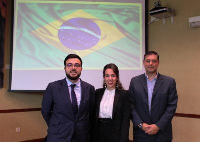 Gabino Méndez, Lorena Dos Santos y Arturo Carrasco miembros del equipo que analizó la economía de Brasil