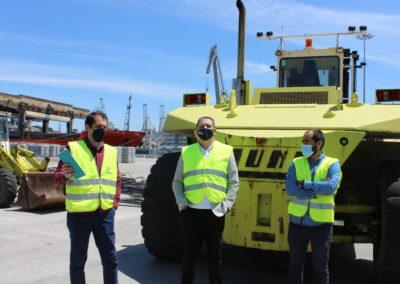 Juan Campos, Head of Operations y Miguel Armesto, Senior Project Manager de KALEIDO junto con Miguel Otero, Director de MASCOMEX